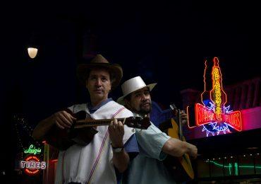 Juguetes cantados: un viaje con humor por ritmos y aires musicales
