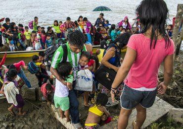 En riesgo 30 familias indígenas por enfrentamientos entre paramilitares y ELN
