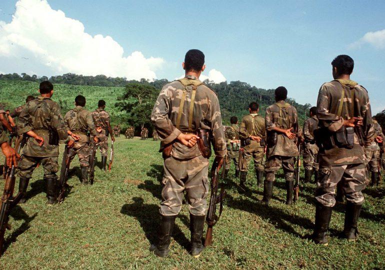 Paramilitares obligan a comunidad a asistir a reunión en Cacarica, Chocó
