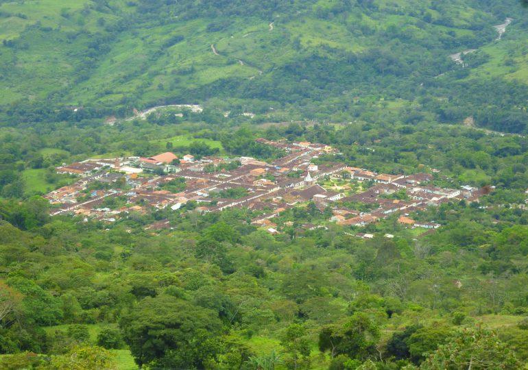 Campesinos denuncian daños ambientales por derrame de ACPM en Simacota, Santander