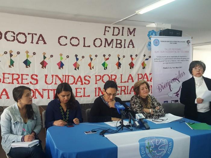 """""""Mujeres en Colombia están viviendo una tragedia humanitaria"""": FDIM"""