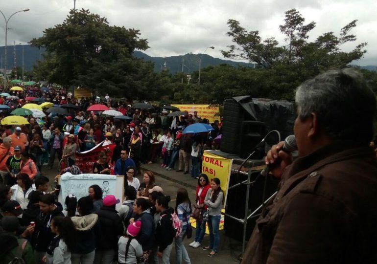 Ya se inició la movilización de docentes para la Toma de Bogotá