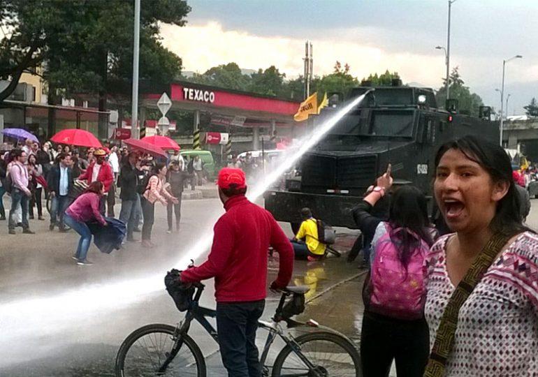 ESMAD ataca el paro de maestros en Bogotá