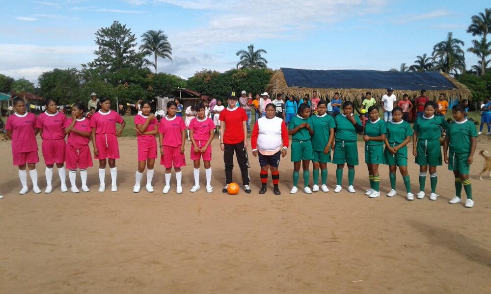 fútbol indígena