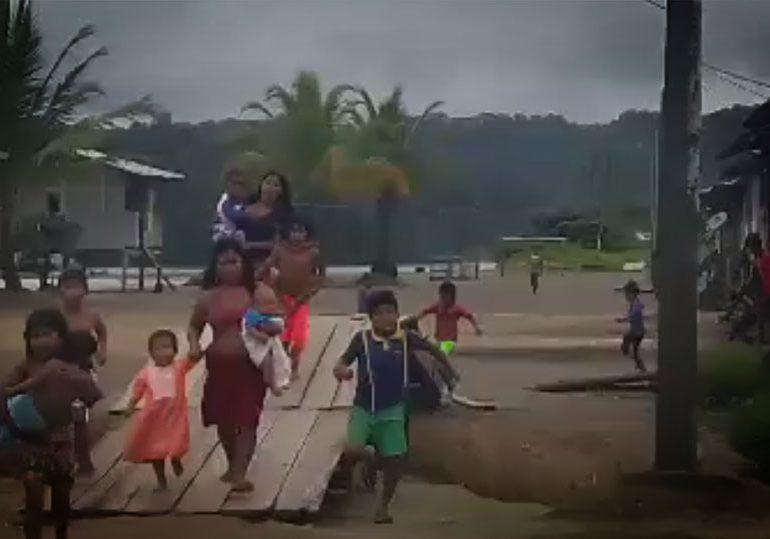 """Así viven el conflicto armado las comunidades del río San Juan en """"tiempos de paz"""""""