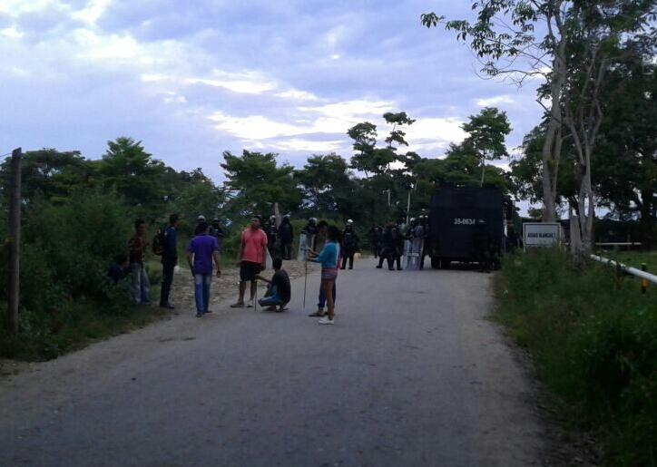 ESMAD arremete contra habitantes de Simacota en Santander