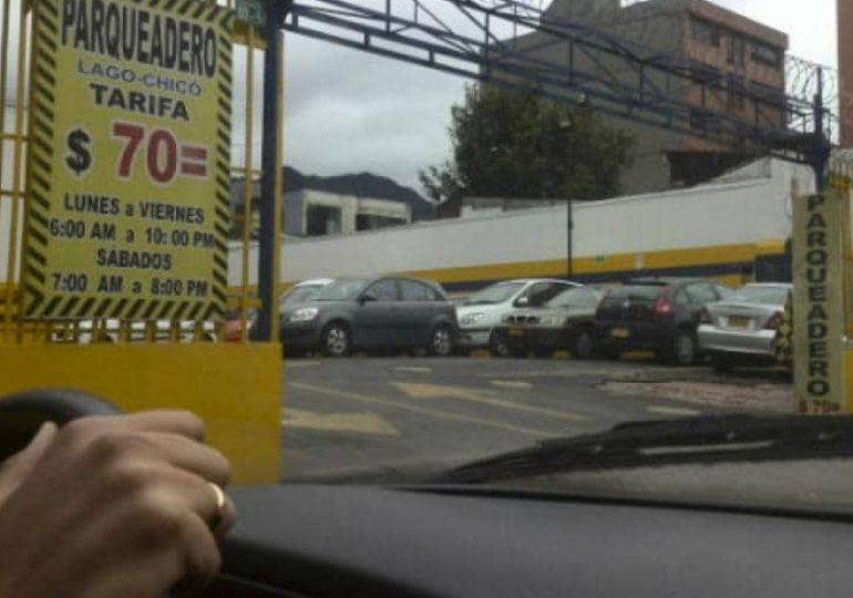 ¿A quién beneficia la liberación de tarifas de parquaderos en Bogotá?