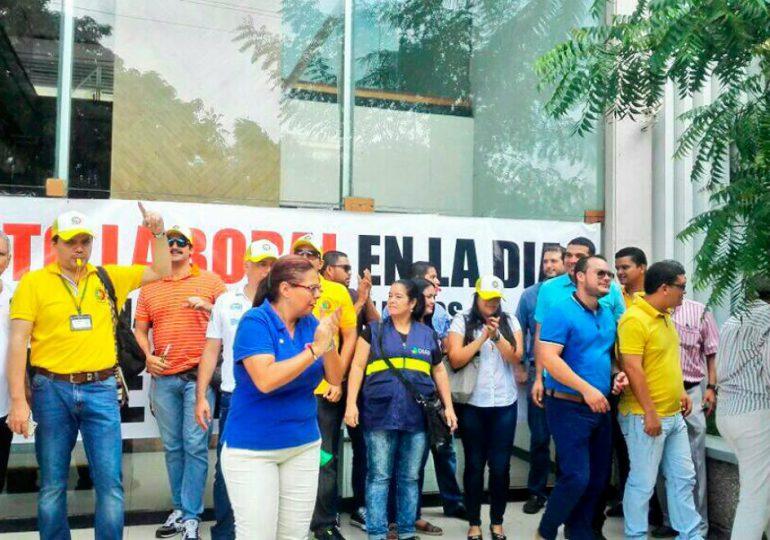 Trabajadores de la DIAN podrían ir a paro el 22 de agosto