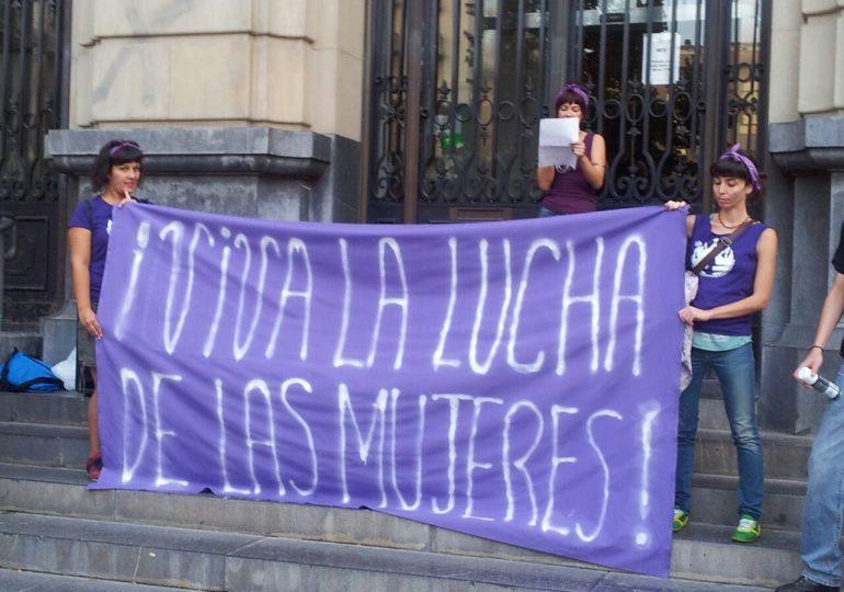 """Ante llegada del Papa católicas invitan a """"dar el primer paso"""" por los derechos de las mujeres"""