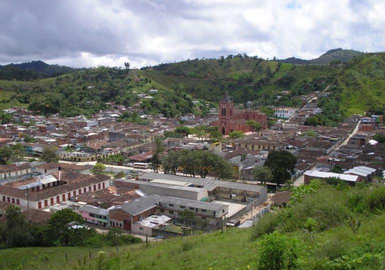 Mineros de San Roque entran en paro contra Anglo Gold Ashanti