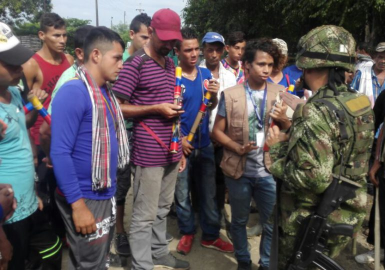 Denuncian provocaciones de la policía a campesinos en Paro Nacional