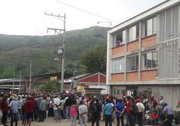 Gobierno a responder con hechos a campesinos en paro nacional indefinido