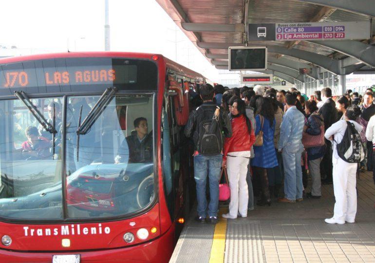 Conductores de Transmilenio trabajan más de 16 horas: UGETRANS