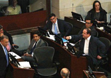 """""""Se está usando el soborno para que los congresistas hagan lo que deben hacer"""": Imelda Daza"""
