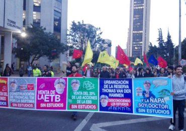 Convocan gran manifestación contra sordera de alcalde Peñalosa en Bogotá