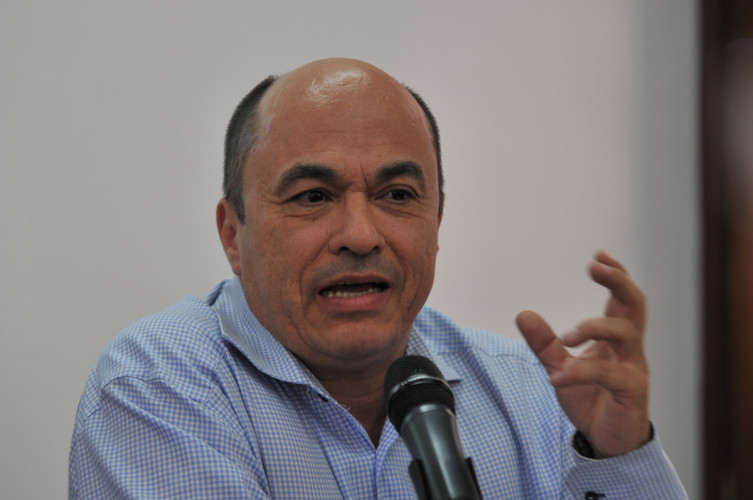"""""""Acuerdo de paz sienta las bases para realizar transformaciones profundas"""": Jairo Estrada"""