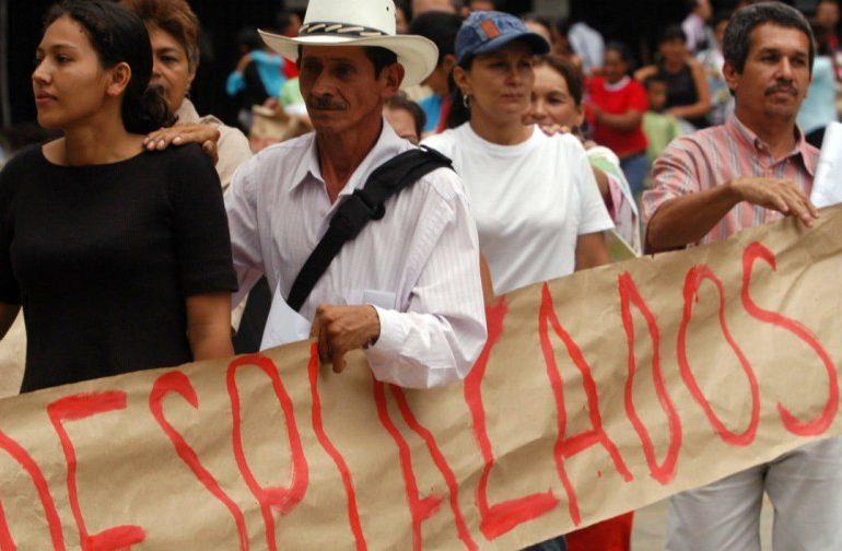 Campesinos e indígenas están en riesgo permanente: Misión internacional Vía Campesina