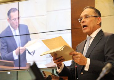 Denuncian a presidente Senado por prevaricato en Circunscripciones de Paz