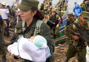 Por falta de atención médica muere bebé de integrante de FARC
