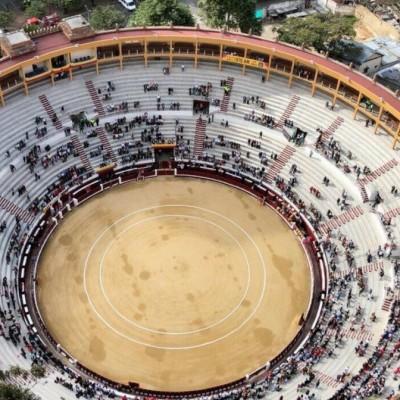 Con baja asistencia y cuestionamientos al distrito inicia temporada taurina en Bogotá