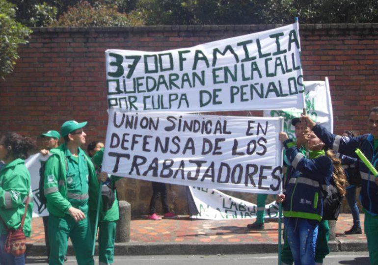 Peñalosa no da respuesta a futuro laboral de más de 2000 trabajadores de Aguas de Bogotá