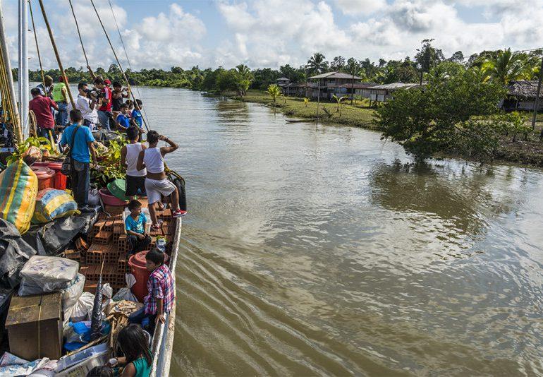 Denuncian que militares y Paramilitares conviven en Litoral Bajo San Juan, Chocó