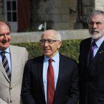 Brian Currim, Jean René Etchegaray, alcalde de Bayona y Gerry Adams