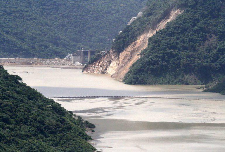 Entre pelea de autoridades la emergencia en Hidroituango se mantiene