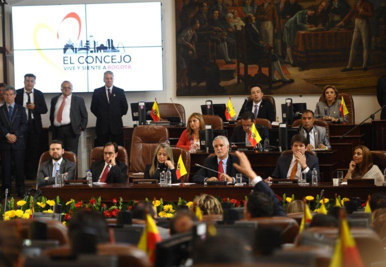 """Concejo de Bogotá """"parece un comité de aplausos para Peñalosa"""": Manuel Sarmiento"""