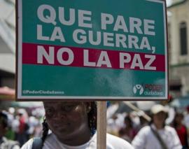 Colombia debe exigir que ELN y Gobierno se vuelvan a sentar a dialogar: Iván Cepeda