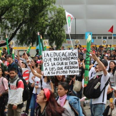 Con marcha, paro estudiantil conmemora 90 años de masacre de las bananeras