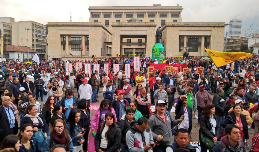 April 25th :  National strike for peace against the National Development Plan