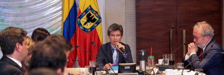 En manos de Claudia López está la posibilidad de levantar el paro en la Distrital