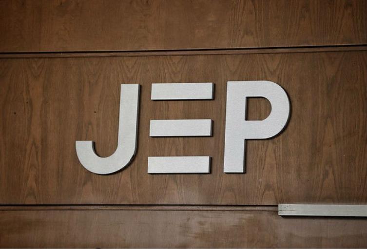 «Ignorancia absoluta» La respuesta de la JEP a Uribe