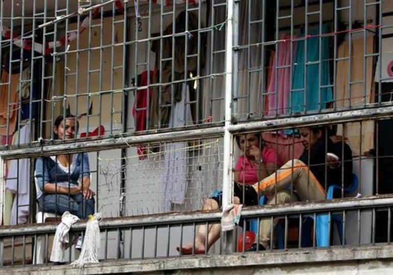 El Estado es responsable de lo que pase con prisioneras políticas: Familiares