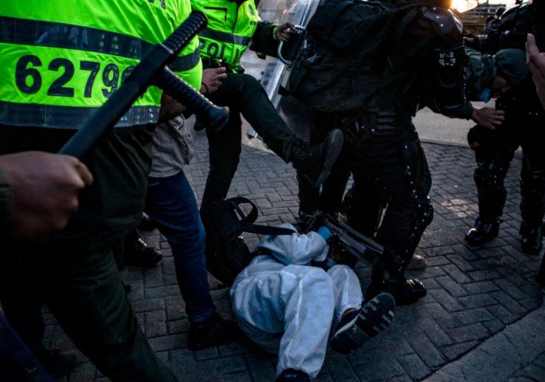 Más de 100 detenidos y 20 heridos deja la violencia policial contra movilización del 15 de Junio