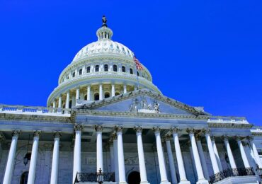 Congreso de EE.UU. pide que Trump presione a Duque para proteger a líderes sociales