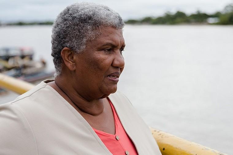 Muere Ángela Salazar integrante de la Comisión de la Verdad
