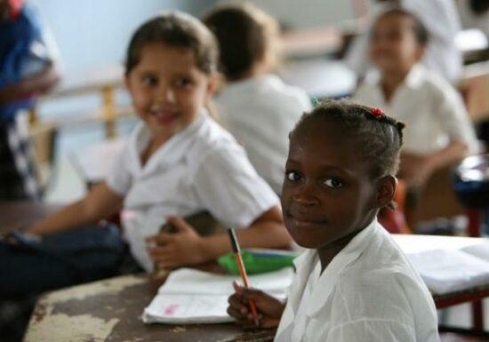 Retos para una educación digna en tiempos de pandemia