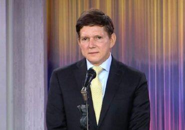 Tráfico de influencias, plagio y otros escándalos de  Wilson Ruíz nuevo Minjusticia