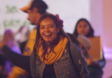 Denuncian montaje judicial en contra de Angie Solano, docente y activista social