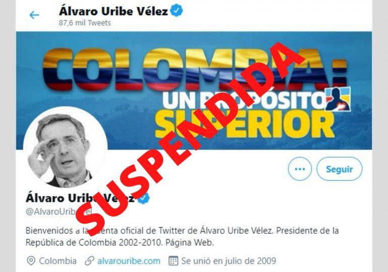 Presión ciudadana logra suspensión de cuenta de Twitter de Álvaro Uribe