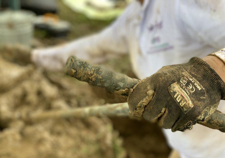Tras 13 años de búsqueda, exhumación en Chocó da esperanza a familiares de  desaparecidos