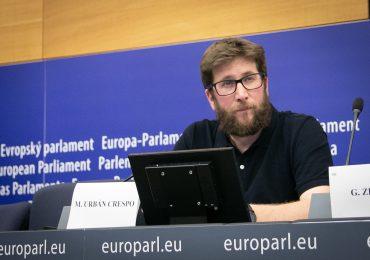 Asaltan y roban información de vivienda de eurodiputado Miguel Urbán