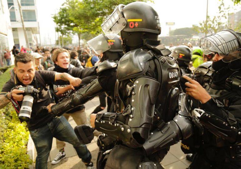 195 periodistas han sido agredidos por Fuerza Pública durante el Paro Nacional