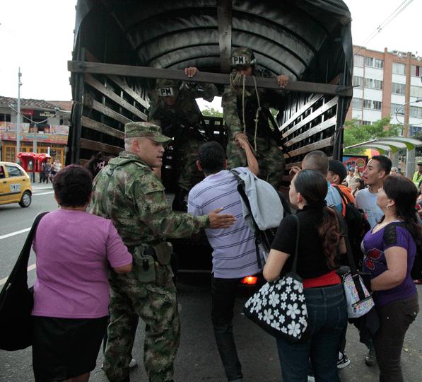 """ACOOC denuncia regreso de """"batidas"""" y reclutamiento ilegal del Ejército en Bogotá"""