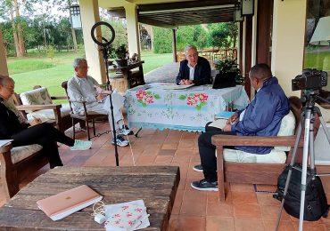 Encuentro de Uribe con la Comisión de la Verdad fue otra burla a las víctimas y al Sistema Integral