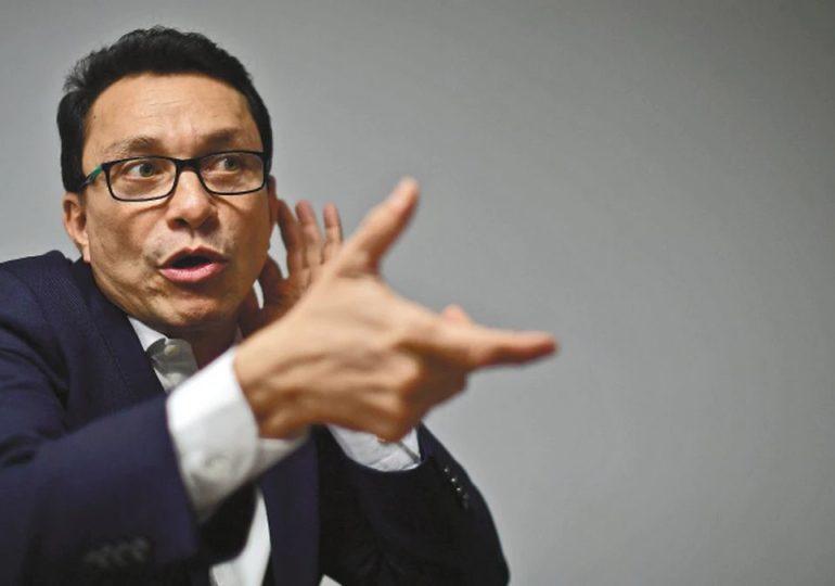 Fiscalía debe reorientar investigación por amenazas a Carlos Caicedo y entregar resultados