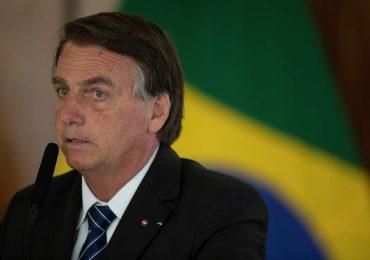 """Aprueban informe que señala a Jair Bolsonaro de cometer """"crímenes contra la humanidad"""""""