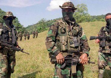 """Documentos de EEUU confirman """"simbiosis"""" entre Ejército y paramilitares"""